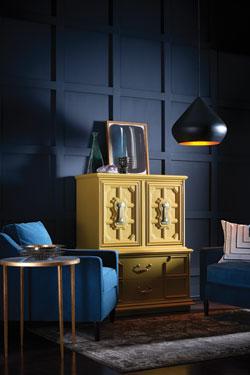 """Sherwin-Williams_Noir """"width ="""" 250 """"height ="""" 375 """"data-legtion ="""" La palette Noir est riche en couleurs qui évoquent des fruits vineux , Le blues nordique, les neutres moody et le jaune doré. """"/> <q style="""