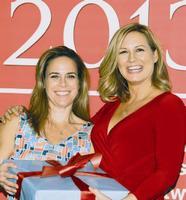 "Katie Hatch, Design Intuition et 2013 Future Leader Award destinataire Kiersten Hathcock, Mod Mom Furniture. ""Titre = ""Katie Hatch, Design Intuition et 2013 Future Leader Award destinataire Kiersten Hathcock, Mod Mom Furniture."" Hspace = ""8"" vspace = ""8"" width = ""186"" height = ""200"" name = ""Katie Hatch, Design Intuition Et Kiersten Hathcock, l'animateur de 2013 Future Leader Award, Mod Mom Furniture. ""/> <q style="