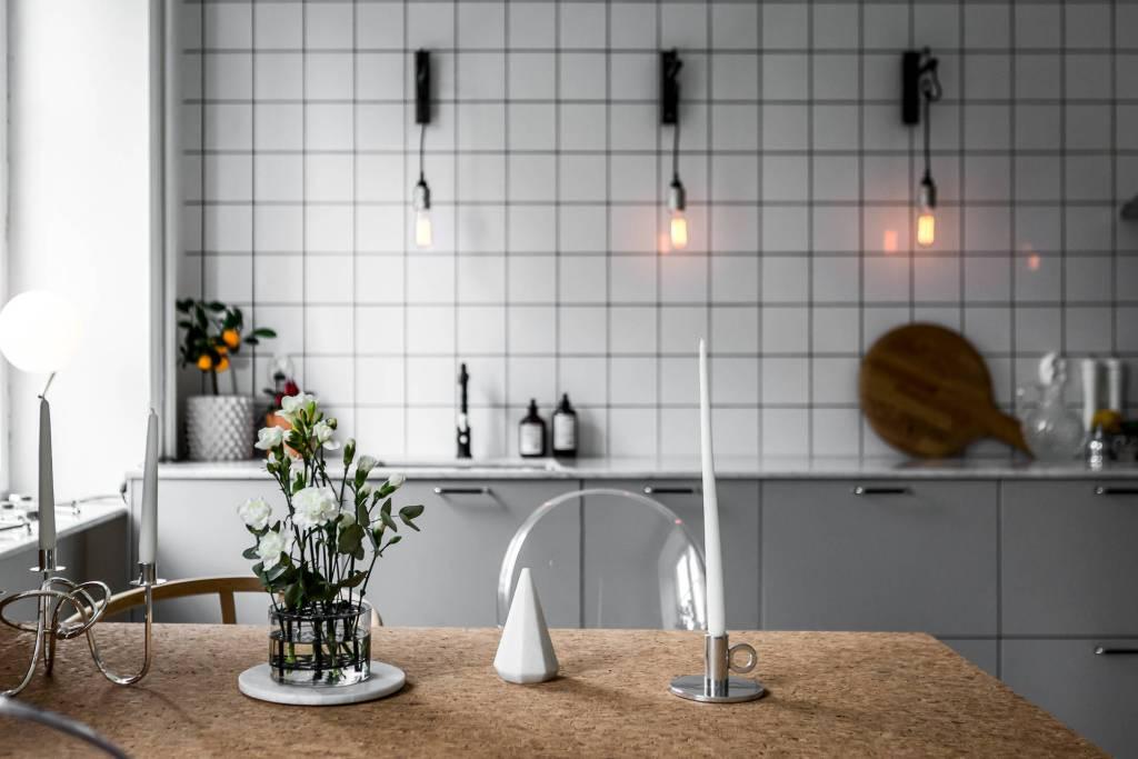 Cuisine minimaliste avec une touche industrielle - via le blog Coco Lapine Design