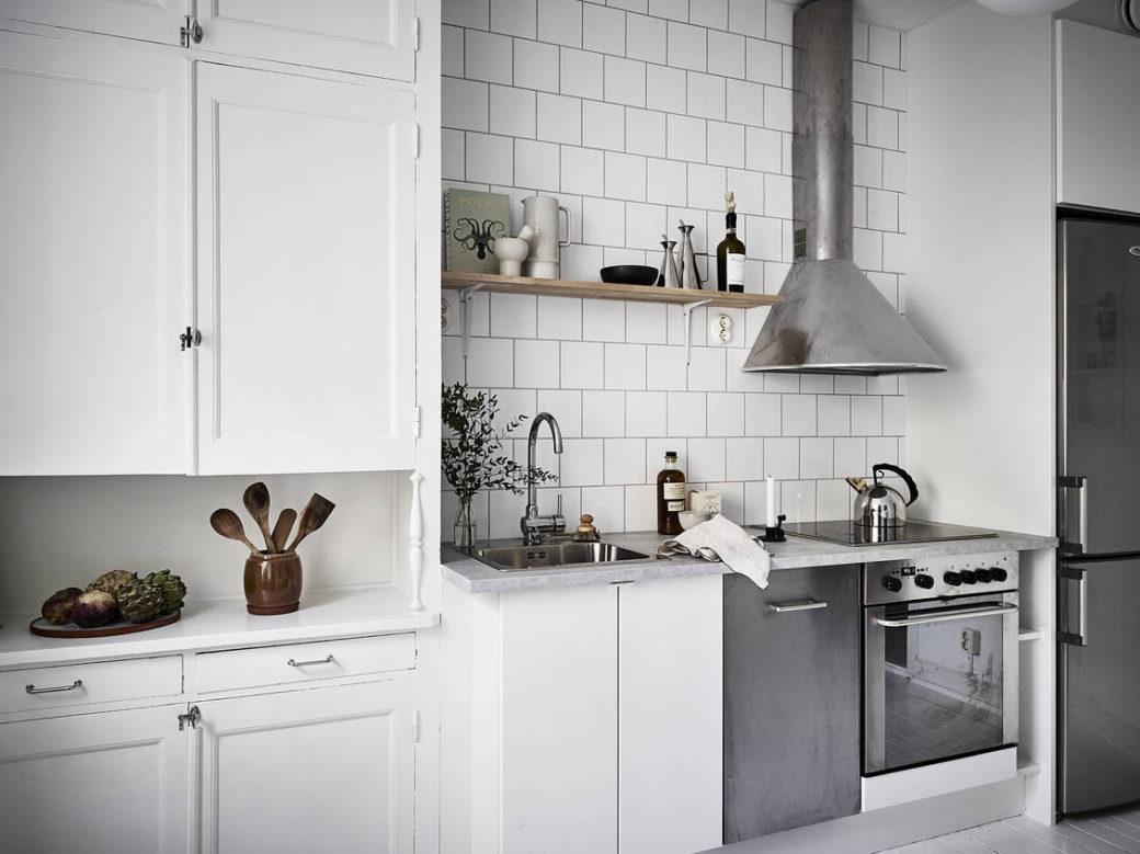 Ancienne et nouvelle cuisine blanche - Home-staging Déco Design