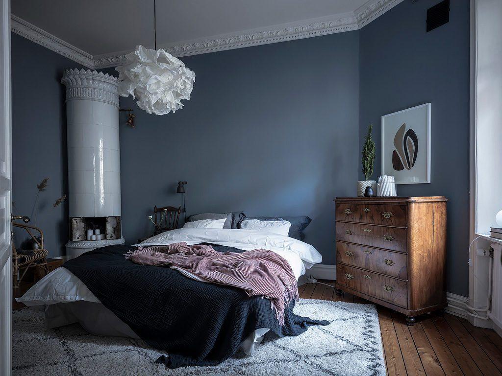 Chambre à coucher en bleu pétrole - - Home-staging Déco Design